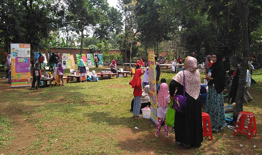 Bazaar,-Literacy-Fair-2017,-School-Of-Universe,-Sekolah-Alam-Parung,-Sekolah-Alam-Bogor,-Sekolah-Bisnis-Bogor,-Ahli-SEO-Bogor,-Pakar-SEO-Parung,-Konsultan