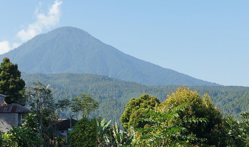 Gunung-Agung-Bali,-Situasi-Gunung-Agung-Terkini,-Gunung-Agung-Meletus,-Gunung-Agung-Erupsi